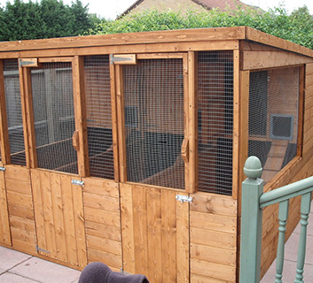 Ten Oaks Ltd - Cat Enclosures